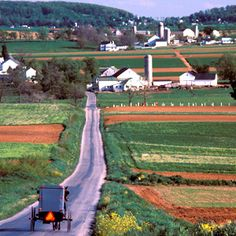 Touring Pennsylvania Dutch Country Amish towns in the central Pennsylvania.