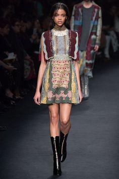 Valentino fall-winter 2015-2016 #fashion #PFW #moda #fashionwomancom