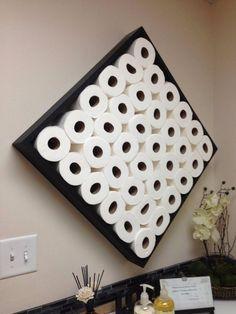 Когда туалетная бумага еще и элемент декора