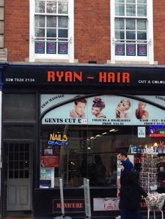 39 Shop Puns That'll Make You Proud To Be British