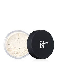 Remedies For Flawless Skin Bye Bye Pores Loose Powder Main Image Blur pores for a flawless finish - Setting Powder, Airbrush Make Up, It Cosmetics Bye Bye Pores, Nyx Soft Matte, Talc, Home Remedies For Acne, Acne Remedies, Natural Remedies, Minimize Pores