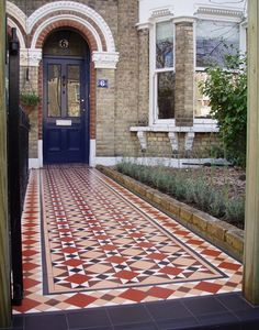 london homes in victorian times Victorian Front Garden, Victorian Terrace House, Shed Design, House Design, Garden Design, Porch Tile, Front Path, Front Door Design, Style Tile