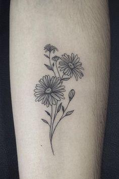 Aster Tattoo, Aster Flower Tattoos, Birth Flower Tattoos, Delicate Tattoo Fonts, Dainty Tattoos, Small Tattoos, Mini Tattoos, Daisy Tattoo Designs, Floral Tattoo Design