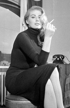Anita Ekberg smoking
