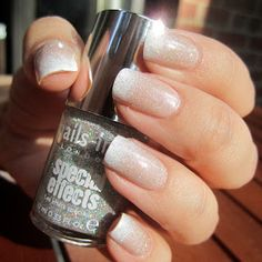 French Manicure Gradient + Glitter Top Coat |