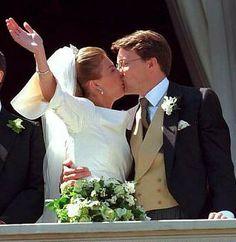 Prince Constantijn of the Netherlands, Prince of Orange-Nassau, Jonkheer van Amsberg & Petra Laurentien