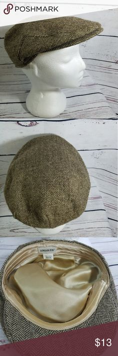 London Fog  Tweed Wool Brim Cap Size Medium This is great to add a touch of style to your fall wardrobe.  Beautiful tweed wool brim Brand: London Fog Size: Medium 100% Wool London Fog Accessories Hats