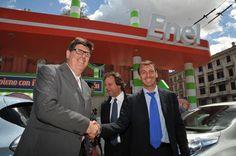 La mobilità elettrica conquista Bari. Prima tappa del Roadshow di Enel Drive - http://enelsharing.enel.com/area/corporate/la-mobilita-elettrica-di-enel-conquista-bari/