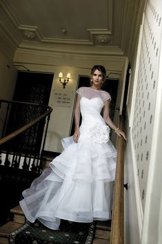 Magnificent Wedding Dresses For Magnificent Women