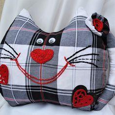 Cat HomeDecor  Pillow . #Monpasier #Cat_Home_Decor #Decor_Pillow #Cat_Gift #Cat_Pillow #Kitty_Cat #Home_Decor_Pillow #Cute_Pillow #Designer_Pillow #Cat_Face #Christmas_Gift #animal_pillow #funny_pillow #pillow_cushion