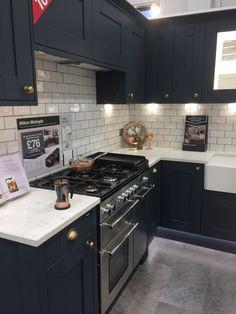 Wickes Milton Midnight Spanish Kitchen Decor, Home Decor Kitchen, Interior Design Kitchen, New Kitchen, Home Kitchens, Kitchen Dining, Kitchen Diner Extension, Kitchen Utilities, Mid Century Modern Kitchen