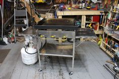 How to Make an Outdoor Griddle : 9 Steps (with Pictures) - Instructables Stainless Steel Angle, Stainless Steel Tubing, Custom Bbq Smokers, Diy Grill, Steel Stock, Metal Bending, Blue Flames, Griddles, Ping Pong Table
