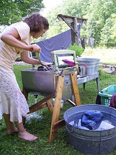 Outdoor Laundry...~Since I have no washer or dryer I would so do this over going the the laundry mat and just hang dry the clothes...i swear...