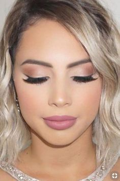 Nice 44 Brilliant and Simple Make Up Ideas To Make Your Look So Amazing. More at. - - Nice 44 Brilliant and Simple Make Up Ideas To Make Your Look So Amazing. More at www. Beauty Makeup Hacks Ideas Wedding Makeup Looks f. Simple Prom Makeup, Wedding Makeup Looks, Day Makeup Looks, Make Up Looks Wedding, Make Up Ideas For Wedding, Pretty Makeup, Stunning Makeup, Amazing Makeup, Wedding Ideas