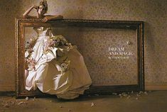 Tim Walker per Vogue Italia Agosto 2007 abito Vivienne Westwood Gold Label