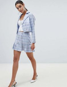 Buy Missguided Pleated Mini Skirt at ASOS. With free delivery and return options (Ts&Cs apply), online shopping has never been so easy. Get the latest trends with ASOS now. Blazer Outfits, Skirt Outfits, Blazer Suit, Pleated Mini Skirt, Mini Skirts, Clueless Outfits, Business Outfits Women, Skirt Suit, Trench Coats