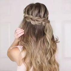 Quick And Easy Hair Tutorials 😍 - Haare - Hochsteckfrisur Short Hair Styles Easy, Medium Hair Styles, Curly Hair Styles, Natural Hair Styles, Natural Beauty, Side Braid Hairstyles, Easy Hairstyles For Long Hair, Short Hairstyle, Wedding Hairstyles