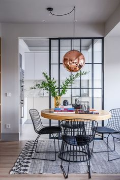 Dining room furniture ideas that are going to be one of the best dining room design sets of the year! Get inspired by these dining room lighting and furniture ideas! Bright Apartment, Apartment Interior, Kitchen Interior, Room Interior, Kitchen Decor, Kitchen Ideas, Kitchen Wood, Interior Windows, Kitchen Black