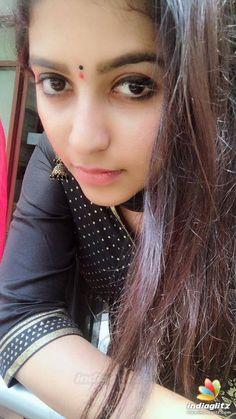Beautiful Blonde Girl, Beautiful Girl Indian, Most Beautiful Indian Actress, Bollywood Actress Hot, Beautiful Bollywood Actress, Beautiful Actresses, Bare Beauty, Beauty Full Girl, Indian Girl Bikini