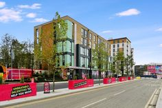 MODERN 2 BEDROOM LUXURY APARTMENT TO RENT IN BAILEY COURT IN THE PULSE DEVELOPMENT, COLINDALE, NW9