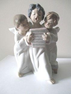 Lladro Daisa Made in Spain GROUP OF SINGING ANGELS Boy Choir #4542 Original Box