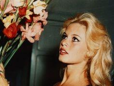 brigitte et les fleurs