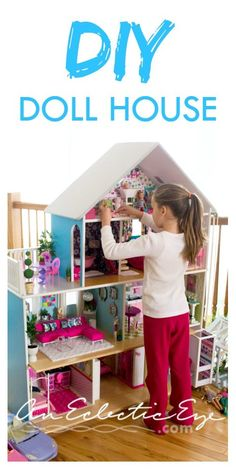 Barbie not only has all the looks, she also has this custom living room.Yeah, it's sort of ridiculous! Wooden Barbie House, Barbie House Furniture, Doll Furniture, Barbie Dolls Diy, Barbie Doll House, Barbie Dream House, Barbie Clothes, Barbie Barbie, Dreamhouse Barbie