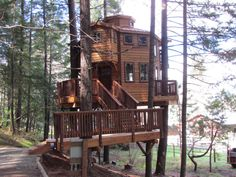 The Excalifir, vertical horizons treehouse paradise, Oregon