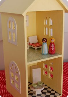 CD shelf dollhouse tutorial