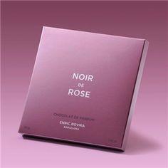 Enric Rovira, Noir de Rose:  Chocolate exquisito, chocolate negro 60% cacao con aceite esencial de rosa búlgara. Perfume comestible de alta gastronomía y de extrema elegancia y sofisticación. (3,36€)