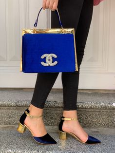 Channel Shoes, Louis Vuitton Sneakers, Large Leather Tote Bag, Kitten Heel Shoes, Back Bag, Cute Purses, Gucci Shoes, High Heel Boots, Cute Shoes