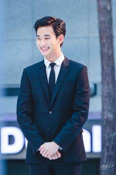 150326 at Incheon airport Ambassador Asian Actors, Korean Actors, Korean Celebrities, Celebs, My Love From Another Star, New Actors, Hallyu Star, Kdrama Actors, Lee Jong Suk