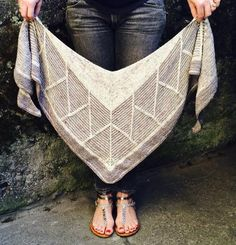 Stephen West Barndom Pattern is a Knitterly favorite. Choose two or three colors of fingering weight yarn for this top down triangular shawl. Madelinetosh Twist Light is perfect! The entire fabric is