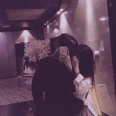 Lấy nhớ fl me~ Ulzzang Korean Girl, Ulzzang Couple, Cute Relationship Goals, Cute Relationships, Couple Aesthetic, Aesthetic Pictures, Cute Couples Goals, Couple Goals, Cute Couple Pictures