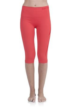 The SUP Yoga Capri has an ultra comfortable fit with a wide ...