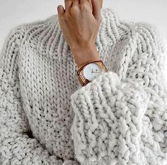 fashion 2018 Source by desboeuf Sweater Outfits, Fall Outfits, Cute Outfits, Chunky Sweater Outfit, Knit Fashion, Look Fashion, Womens Fashion, Fashion Tips, Skandinavian Fashion