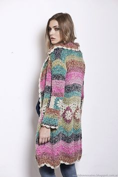 Knit Dreams from MitiMota : Foto Crochet Coat, Crochet Cardigan Pattern, Crochet Jacket, Crochet Shoes, Cute Crochet, Crochet Clothes, Crochet Christmas Stocking Pattern, Gilet Long, Pulls