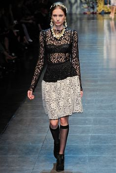 Dolce & Gabbana Fall 2012 Ready-to-Wear Collection Slideshow on Style.com