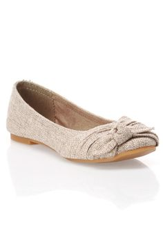 can't wait to be a teacher so i can wear adorable flats like these :)