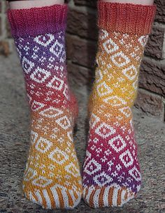 Ravelry: Diamond Swirl Socks pattern by Deborah Tomasello