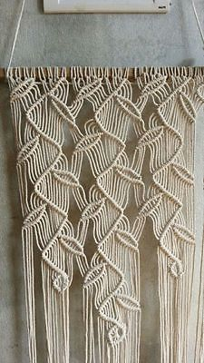 Great Fantastic Home Decorative Modern Macrame Wall Hanging(Knotted Rope,Wall Art( The post Fantastic Home Decorative Modern Macrame Wall Hanging(Knotted Rope,Wall Art( appe .Startling Tips: Cute Diy Wall Decor Ideas white orange ceramic wall decor. Modern Macrame, Macrame Art, Macrame Projects, Macrame Knots, Hm Deco, Diy Projects To Make And Sell, Macrame Curtain, Macrame Tutorial, Macrame Patterns