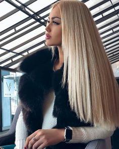 Na obrázku může být: jeden člověk nebo víc lidí - short hair Gorgeous Blonde, Gorgeous Hair, New Hair, Your Hair, Hair Looks, Pretty Hairstyles, Hair Inspiration, Blonde Hair, Hair Makeup