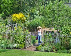 Country Garden Dream #rustic #garden #dreamhome #home #shabby #chic #vintage #organic #decor #loves #frenchshabbychic #frenchdecor #architecture #organic #organicliving #countryside #country #garden #gardening
