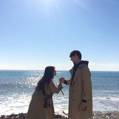 "2,431 Beğenme, 14 Yorum - Instagram'da 주아현 (@ah.hyeon): ""다음달이면 사이판에서 이렇게 함께 서있겠지이 #상오아현"""