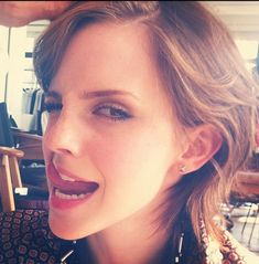 """Emma Watson: I can't think of an appropriate-sounding title with """"tongue"""" in it. Emma Watson Sexiest, Emma Watson Beautiful, Hermione Granger, Beautiful Celebrities, Beautiful Actresses, Beautiful People, Woman Crush, Hollywood, Celebs"""