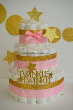 Twinkle Twinkle Little Star/ Baby Shower/ Diaper Cake/ Pink and Gold/ Star/ Mommy to be/ Diaper Cake for girls/ Gifts for Baby/ Baby Girl Quirky Home Decor, Natural Home Decor, Twinkle Twinkle Little Star, Baby Shower Diapers, Baby Shower Cakes, Couches, Pink Und Gold, Minimalist Home Interior, Interior Modern