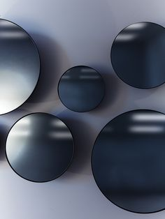 Castor-Design-Black-Mirrors
