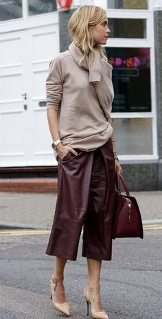 Fashionable Fall Outfit With A Pair Of Leather Maroon Pants Beige Pullover Plus Bag Plus Heels - Women's Style - Outfits Mode Outfits, Stylish Outfits, Winter Outfits, Fashion Outfits, Womens Fashion, Fashion Trends, Latest Fashion, Club Fashion, Fashion Hacks