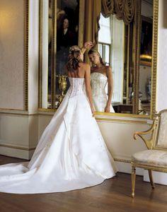 Best 50+ Most Beautiful Strapless Wedding Dresses Ideas  https://oosile.com/50-most-beautiful-strapless-wedding-dresses-ideas-7865