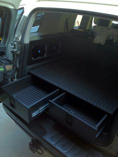 Rubber floor Matt for inside of drawers